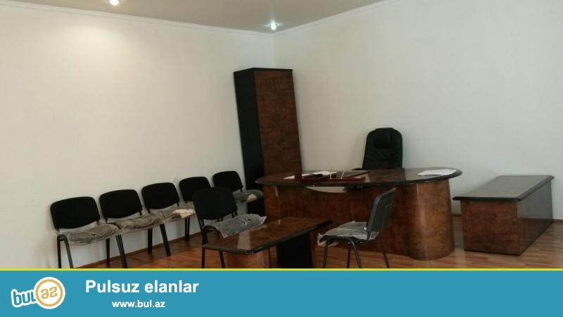 Сдается пустое помещение в центре города, по улице 4 параллельная, рядом с метро Низами...