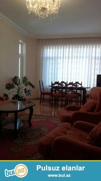 Очень  срочно! Сдается в аренду солидным клиентам  3-х комнатная  квартира  108 кв  9/15,  по улице Г...