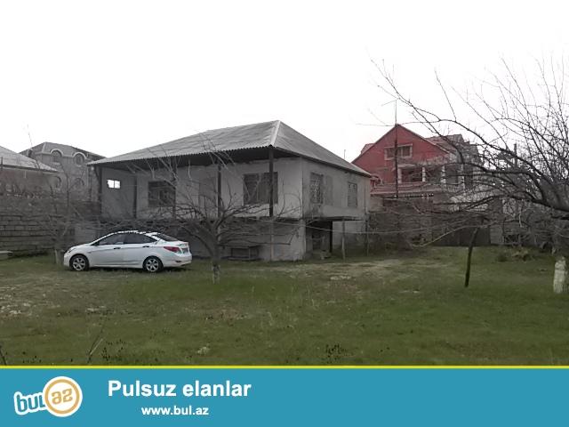 Fatmai bağları adlanan erazide, denizden 200 metr mesafede yerleşen 5 otaqlı, ikimertebe hündürlüyünde kupçalı ev satılır...