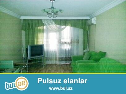"""Продается 3-х комнатная квартира со всей мебелью,в районе Ясамал, рядом с рестораном """"Кактус""""..."""