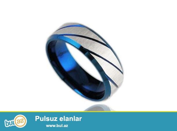 Süpermen kinosunda istifadə olunan paslanmaz polad+mavi zolaqlı titan polad üzük<br />