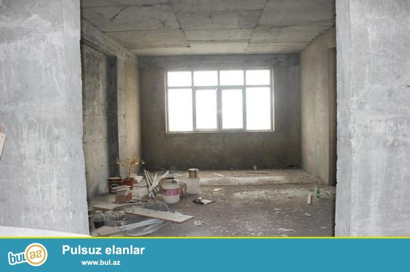 4 otaqlı mənzil, 18/15 195kv.m +Qaraj 24kv.m<br /> Yasamal kazim kazimzadə ...