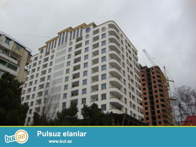 Xətai r-nu Həzi Aslanov metrosunun yanında  yeni tikilmiş 16 mərtəbəli binanın 8 ci mərtəbəsində sahəsi 126 kv...