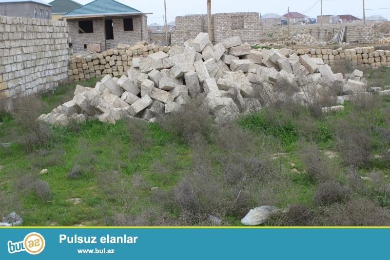 ASIF Sabunçu rayonu, Zabrat 1 qəsəbəsi Dəmir yolu yaxınlığında, 307 saylı orta məkətəbdən 1 km məsafədə 3...