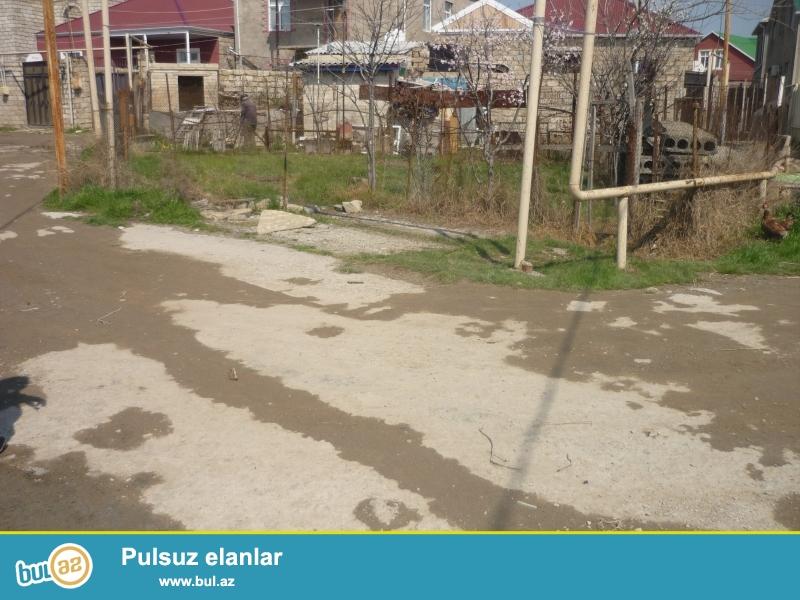 Xəyal Sabunçu rayonu Zabrat 2 qəsəbəsi  Dəmir yol stansiyasına yaxın , asfalt yoldan 100 metr məsafədə 1...