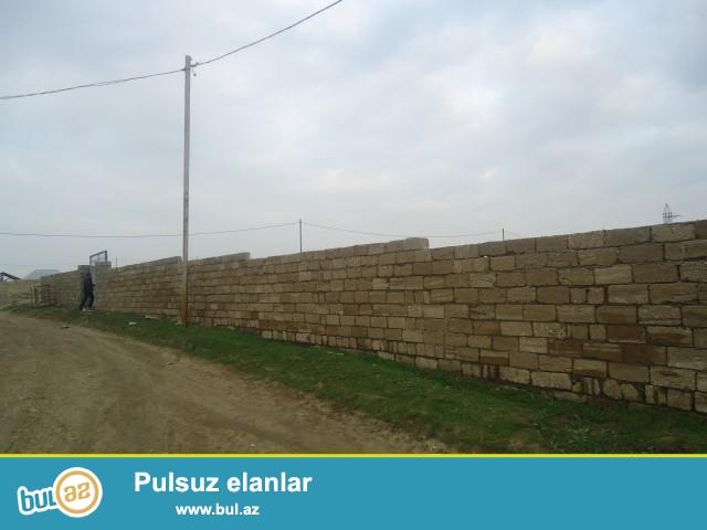 Namiq Savalan qəsəbəsi,əsas yoldan 50 metr məsafədə, 24 sot torpaq sahəsi təcili satılır...