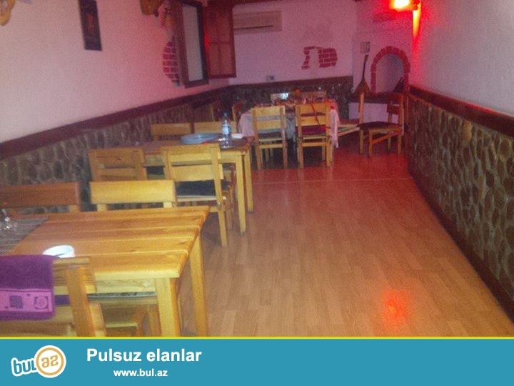 Seherin merkezinde ela temirli PUB Restoran kiraye verilir! Restoranin hemcinin iki giriw-cixiw qapisi vardir...