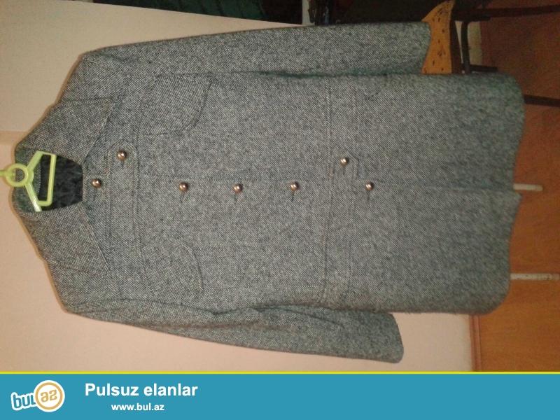 Material: wool75%,polyestr10%,casmer15%<br /> Razmer: 40-44beden...