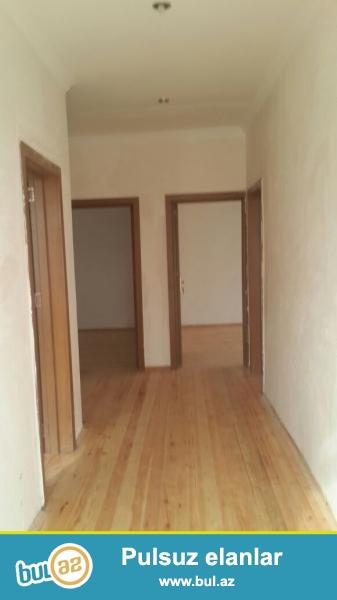 Romanada 3otagli ev satilir,Yashayis olmayib yeni temirlidi!!