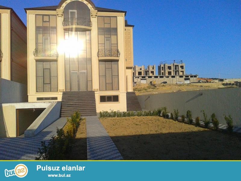 Badamdart qəsəbəsi. 4 mərtəbəli yeni tikilmiş tam təmirli villa...