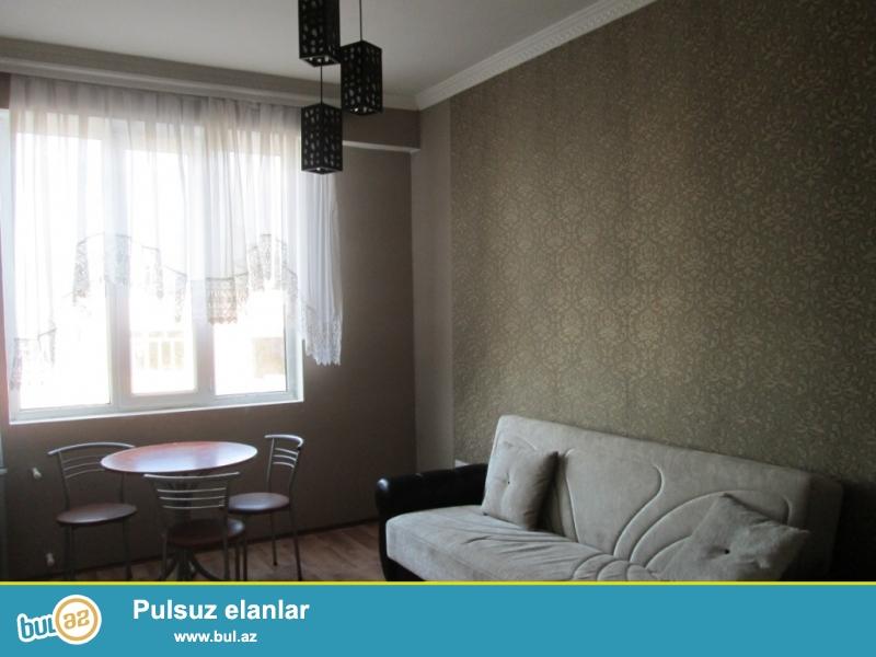 **РУФАТ*АЙНУР**   Продается    2-х    комнатная  квартира    недалеко   от    метро    20   ЯНВАРЯ,  за  Азерсел,  16   19,  50   кв...