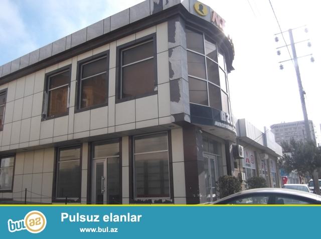Наримановский район, около станции метро Гянджлик сдаётся 2-х этажный особняк...