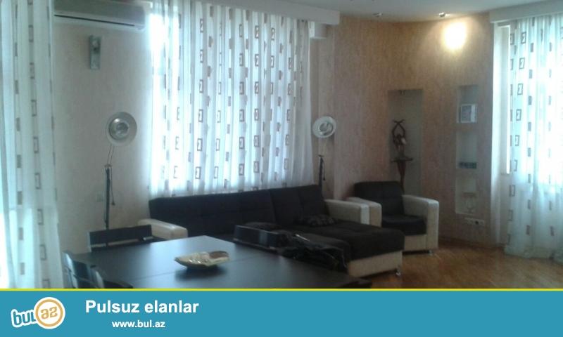 Сдается 3-х комнатная квартира в престижной новостройке, в центре города, около метро 28 мая...