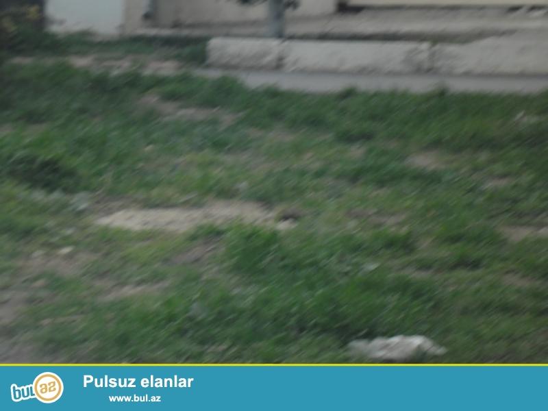 Babək pr.də,yolun üstündə,50 sot özəl torpaq satılır,4mln manat...