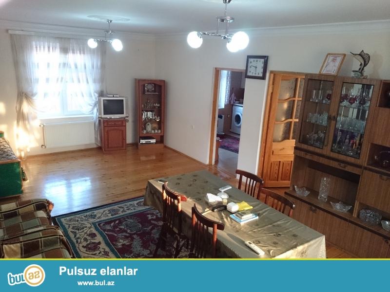 Sumqayıt şəhəri, Qurd dərəsində (Novxanıya yaxın) 12 sotun içində 2 mərtəbəli bağ evi satılır...