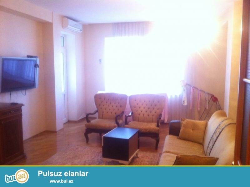 Сдается 3-х комнатная квартира в новостройке,в центре города,около метро Нариманова...