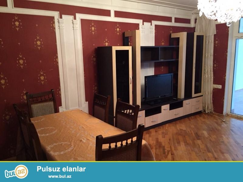 Сдается 2-х комнатная квартира ,в центре города, около метро 28 мая, рядом с Зимним парком...