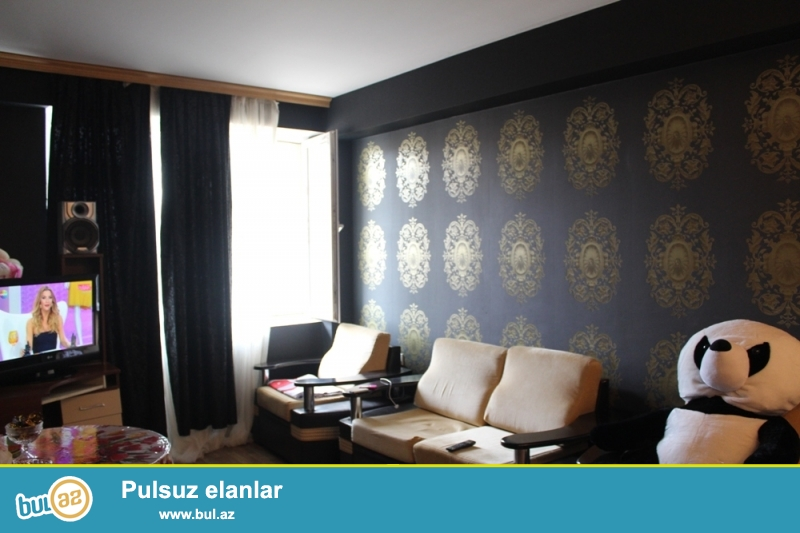 QAZLI YENİ TİKİLİ!!! Binəqədi rayonu, 9 mkr, Sona və Üzeyir şadlıq sarayları yaxınlığında 17/19 ümumi sahəsi 59 kv...
