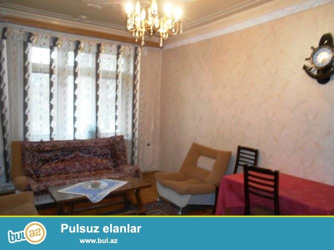 Сдается 3-х комнатная квартира ,в центре города, по проспекту Строителей, рядом с Институтом Искусств...