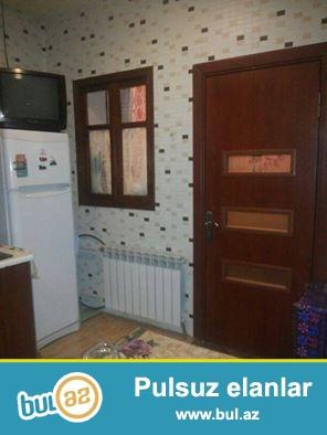 TƏCİLİ SATILIR<br /> Binəqədi qəsəbəsində ev satılır...