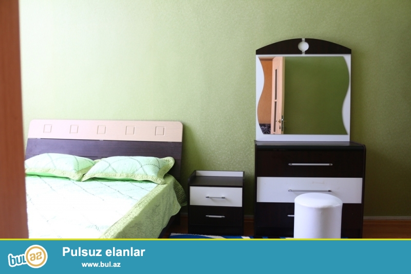 Səbail rayonu, Nizami küçəsi, Tarqovu  Gənc Tamaşaçılar Teatrının yaxınlığında 3/5 ümumi sahəsi 75 kv...