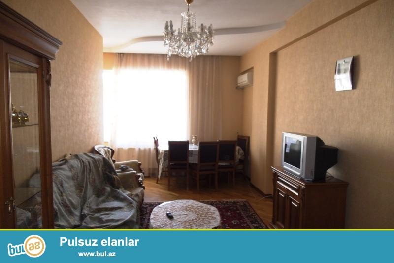 Сдается 3-х комнатная квартира в новостройке,в центре города, около памятника А...