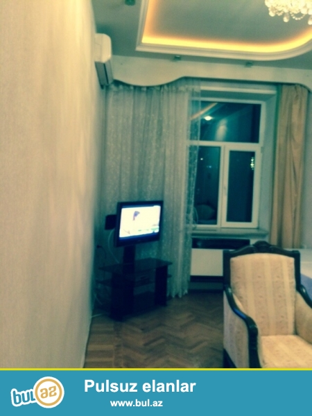 Сдается 2-х комнатная квартира,в центре города,около метро Нариманова...