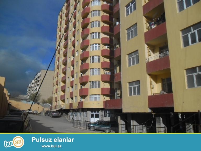 Yeni Yasamalda qazli binada 2otaqa duzelmis temirli ev yasayis olan binadir temirden sonra yasayis olmayib,53kv,