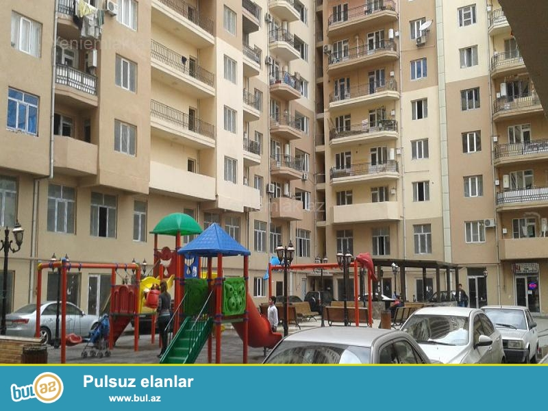 TƏCİLİ! Yeni Yasamalda tam yaşayış olan yeni tikili binada sahəsi 91,5 kvm olan təmirli mənzil satılır...
