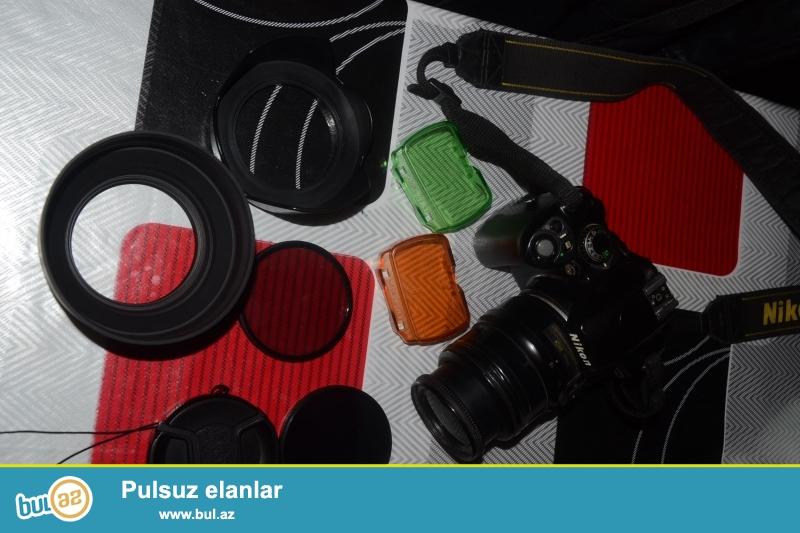 NIKON D3100 hec bir prablemi yoxdu basqa aparat alacam deye satiram d90 obiyektivi ...