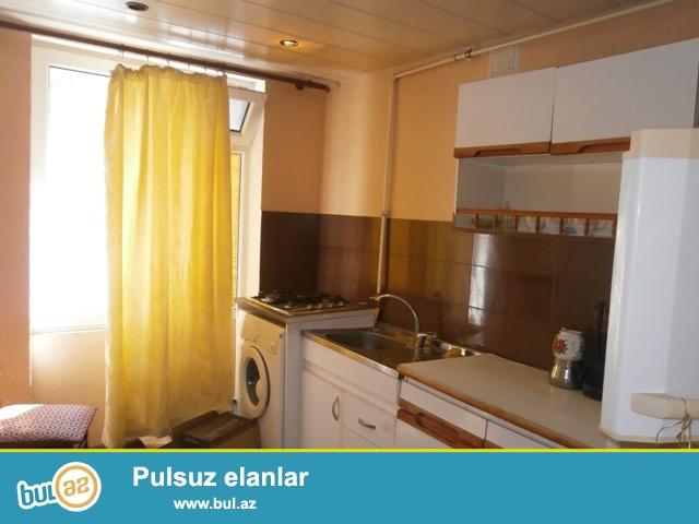 Nermanov metrosunun yaninda 5/2 1 otaqli  ev kiraye verilir...