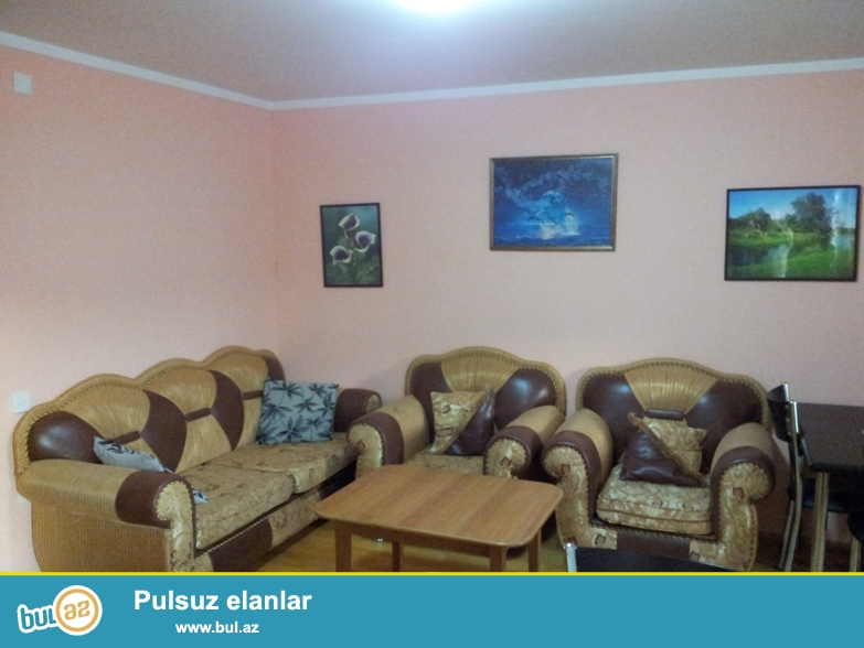 **РУФАТ*АЙНУР**    Сдаётся    3-х    комнатная квартира    недалеко    от    дома   парк   «Измир»,  около    ЦСУ...