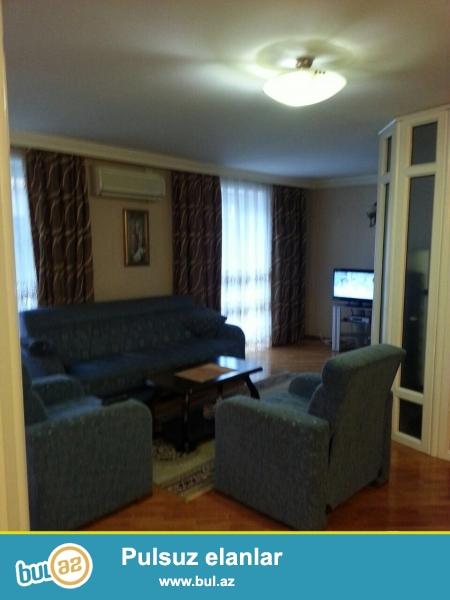 дается 2-х комнатная квартира,в центре города,около метро 28 мая...