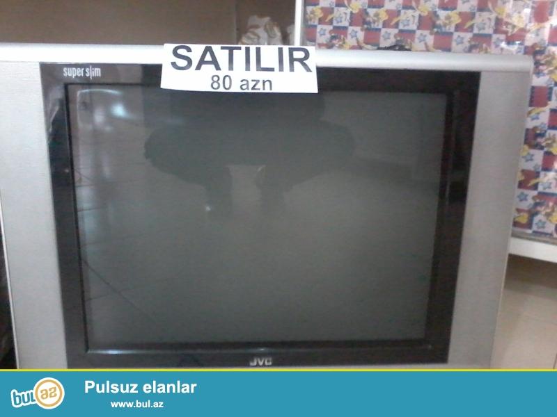 Əla vəziyyətdə İşlənmiş 72-duz ekranlı JVC Televizor Satırıam...