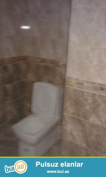 Очень  срочно ! В близи метро Иншаатчылар  в комплексе *Камран МТК  * продаётся     3-х комнатная  квартира нового строения  5/17...