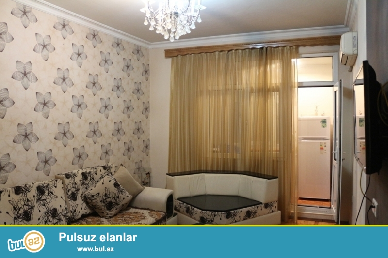DƏYƏRİNDƏN AŞAĞI!!! Nəsimi rayonu, 3 mkr dairəsi, 3 mkr bazarı yaxınlığında 5/5 ümumi sahəsi 30 kv...