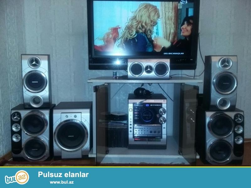 5+1 SAMSUNG musiqi mərkəzi<br /> satıram,Çox keyfiyyətli,original maldır,<br /> Funksiyalar<br /> DVD,AUDİO imkanı<br /> 5+1 system<br /> kinoteatr effekti<br /> aktivni bass system<br /> -3 disk isleden CD chancer<br /> -USB çıxış<br /> -Qulaqcıq<br /> -Karaoke<br /> -Kaset<br /> -Radio<br /> Alana üstundə TV altlığı hədiyyə<br /> Qiymətdə razılaşmaq olar