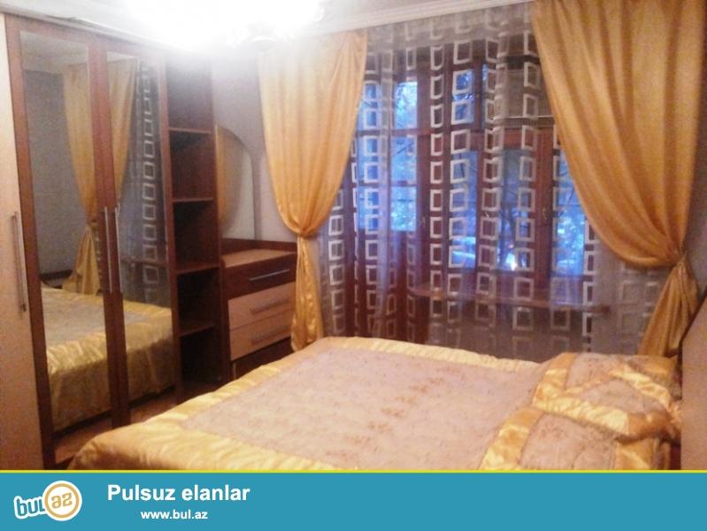 "Unvan: Tbilisi prospekti, Izmir kucesi 9, ""OPERA"" Lounge-in binasi..."