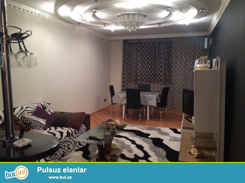 Очень срочно! В элитном комплексе * AKKORD * , рядом с м/с Нариманова  , сдается в аренду 4-х комнатная квартира нового строения , 13/16   134 квадрат, квартира с евроремонтом, полностью обставлена дорогой мебелью и орг техникой...