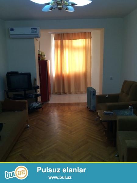 Cдается 2-х комнатная квартира в центре города,около метро Гянджлик...