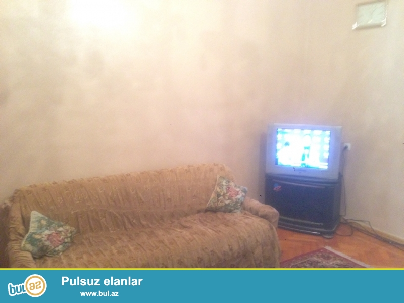 """Cдается 2-х комнатная квартира в центре города, по проспекте Строителей, рядом с гостиницей """"Хаятт Рейдженси""""..."""