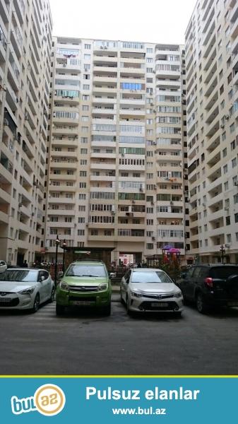 TƏCİLİ !!! Heydər Əliyev prospektində, yerləşən yeni tikilmiş yaşayışlı binada 1 otaqlıdan 2 otaqliya düzəldilmiş mənzil satılır...