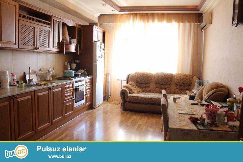 QAZLI YENİ TİKİLİ!!! Yasamal rayonu, İnşaatçılar metrosu və Qələbə dairəsi yaxınlığında 19/18 ümumi sahəsi 120 kv...