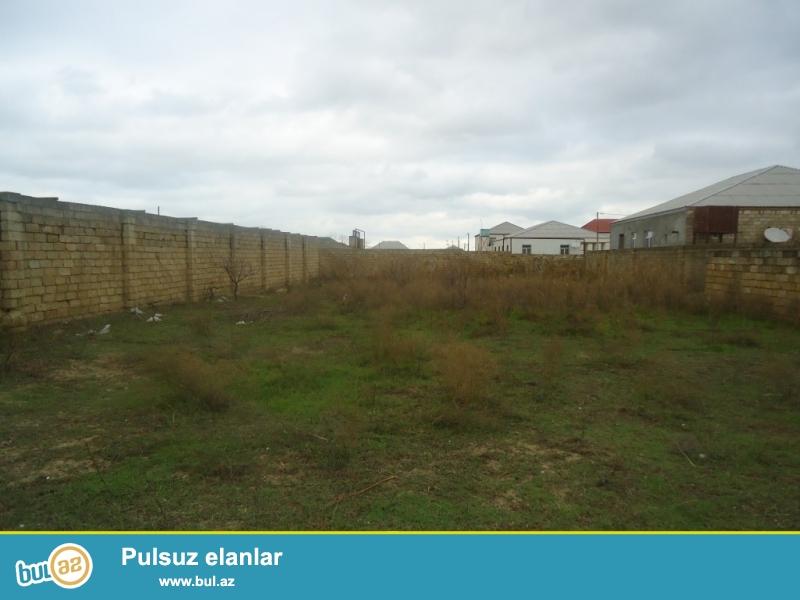 SAHIL Kürdəxanı kərpic zavodu yolundan 700 mt məsafədə ayrılıqda 2  ədəd 10 sot torpaq sahəsi satılır...