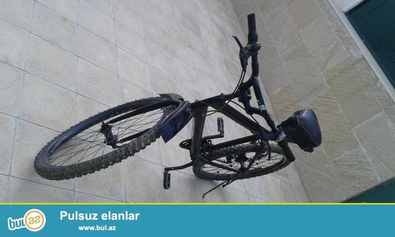 Salam olimp velosipedi satiram26liq qara reng ela veziyetde hec bir problemi yoxdu islek veziyetdedi,elaqe ucun whatsappda yaza yaxud zeng ede bilersiz buyurn.