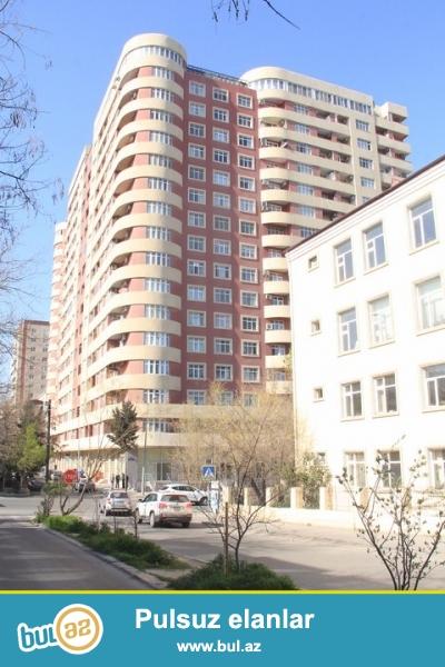 Продаю 2-е 2-х этажные дома в одном дворе построенные  в Гюнешлях ...