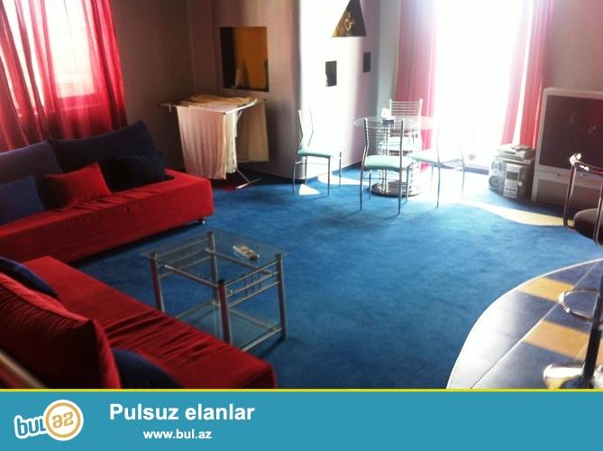 Новостройка! Cдается 2-х комнатная квартира в центре города, по улице Гуткашенли, рядом с памятником Н...