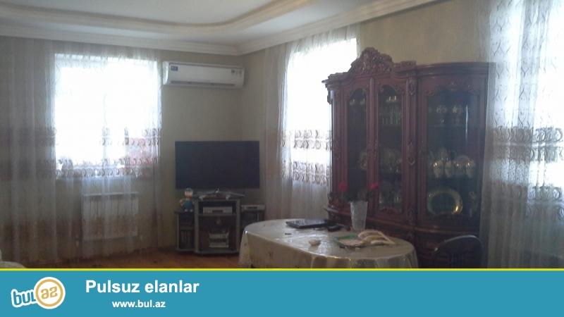 Bineqedi rayonu 28 may qesebesinde 2 mertebeli 5 otaqli heyet evi satilir...