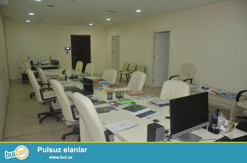 Ofis mebelləri satılır qiymət 10000 AZN