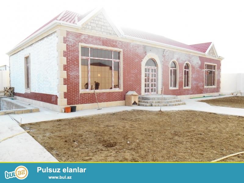 **РУФАТ*АЙНУР** СРОЧНО! В связи с отъездом, продается новопостроенный дом-дача в Мардакане, строили для себя, 9 сот приватизированной земли, 1но этажный дом, 260 кв...